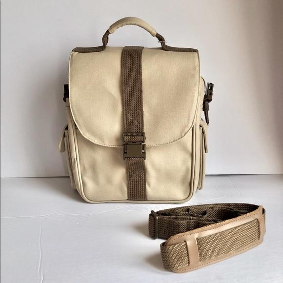 TILLEY ENDURABLES The Shoulder Bag Canada BNWOT